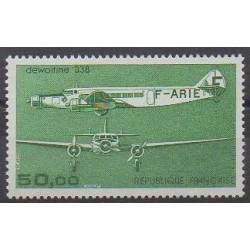 France - Poste aérienne - 1987 - No PA60 - Aviation