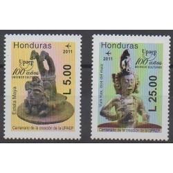 Honduras - 2011 - No PA1356/PA1357 - Art - Service postal