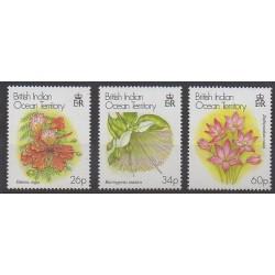 Océan Indien - 2000 - No 231/233 - Fleurs