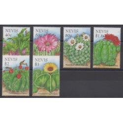 Nevis - 1995 - Nb 852/857 - Flowers