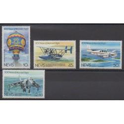Nevis - 1983 - No 114/117 - Ballons - Dirigeables - Aviation