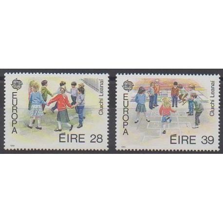 Irlande - 1989 - No 682/683 - Enfance - Europa