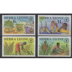 Sierra Leone - 1981 - No 486/489 - Fruits ou légumes