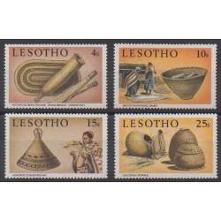 Lesotho - 1980 - No 386/389 - Artisanat ou métiers