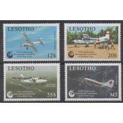 Lesotho - 1988 - No 821/824 - Aviation - Santé ou Croix-Rouge