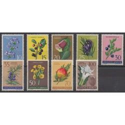 Yougoslavie - 1959 - No 783/791 - Fleurs - Neufs avec charnière
