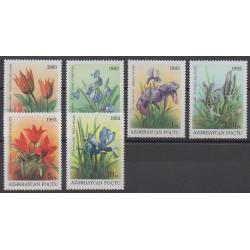Azerbaïdjan - 1993 - No 98/103 - Fleurs