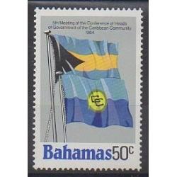 Bahamas - 1984 - No 563 - Drapeaux
