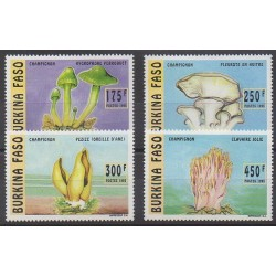Burkina Faso - 1996 - Nb 983/986 - Mushrooms