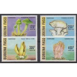 Burkina Faso - 1996 - No 983/986 - Champignons
