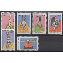 Burkina Faso - 1988 - No 775/780 - Masques ou carnaval