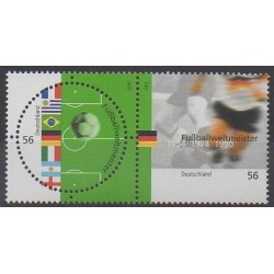 Allemagne - 2002 - No 2086/2087 - Coupe du monde de football