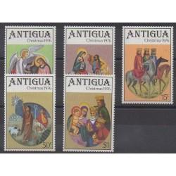 Antigua - 1976 - No 439/443 - Noël