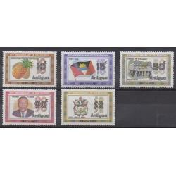 Antigua - 1977 - No 479/483 - Histoire