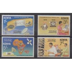 Kenya - 1986 - No 370/373 - Télécommunications