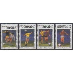 Dominique - 1986 - No 918/921 - Coupe du monde de football