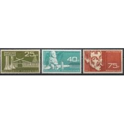 Polynésie - Poste aérienne - 1965 - No PA11/PA13 - Art