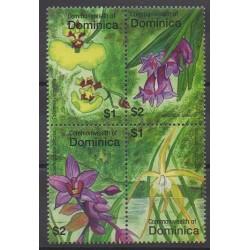 Dominique - 2007 - Nb 3306/3309 - Flowers