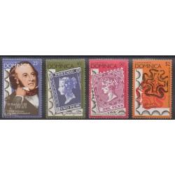 Dominique - 1979 - No 595/598 - Service postal - Timbres sur timbres