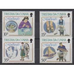 Tristan da Cunha - 1988 - No 424/427 - Artisanat ou métiers