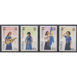 Tuvalu - 1985 - Nb 327/330 - Scouts