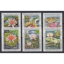 Laos - 1982 - No 388/393 - Fleurs