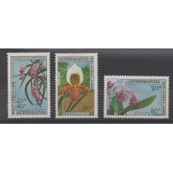 Laos - 1972 - No 247/249 - Orchidées