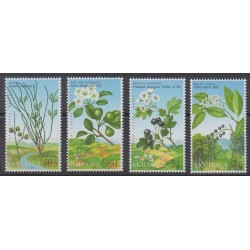 Moldova - 2004 - Nb 434/437 - Fruits or vegetables - Flowers
