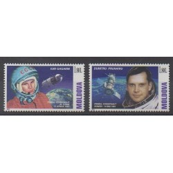Moldova - 2001 - Nb 332 et 338 - Space