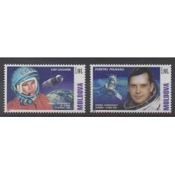 Moldavie - 2001 - No 332 et 338 - Espace