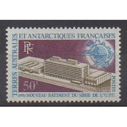 French Southern and Antarctic Territories - Post - 1970 - Nb 33 - Postal Service