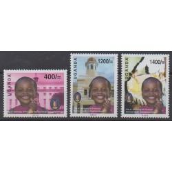 Ouganda - 2003 - No 2125/2127 - Royauté - Principauté