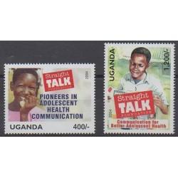 Ouganda - 2004 - No 2169/2170 - Santé ou Croix-Rouge
