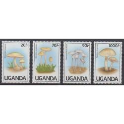 Ouganda - 1991 - No 765A/765D - Champignons