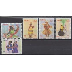 Sudan - 1990 - Nb 388/392 - Costumes - Uniforms - Fashion