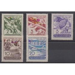Yugoslavia - 1950 - Nb PA27/PA31 - Planes - Mint hinged
