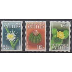 Antilles néerlandaises - 1988 - No 838/840 - Fleurs