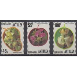 Antilles néerlandaises - 1983 - No 684/686 - Fleurs