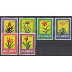 Mozambique - 1985 - No 1008/1013 - Fleurs