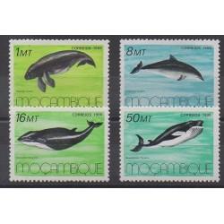 Mozambique - 1986 - No 1037/1040 - Animaux marins - Mammifères