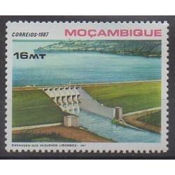 Mozambique - 1987 - No 1057 - Sciences et Techniques