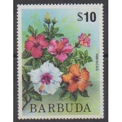 Barbuda - 1975 - No 223 - Fleurs