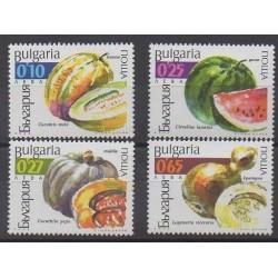 Bulgaria - 2002 - Nb 3937/3940 - Fruits or vegetables