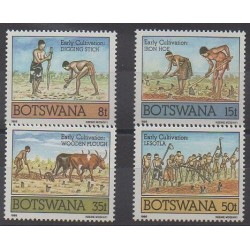Botswana - 1988 - No 575/578 - Artisanat ou métiers