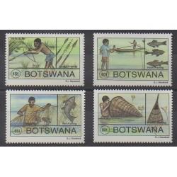 Botswana - 1995 - No 725/728 - Artisanat ou métiers