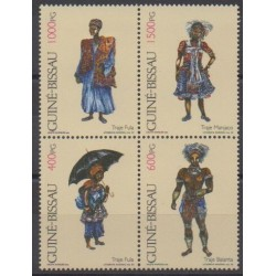 Guinea-Bissau - 1992 - Nb 602/605 - Costumes - Uniforms - Fashion