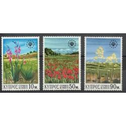 Chypre - 1970- No 327/329 - Fleurs