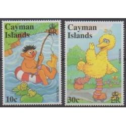 Caïmans (Iles) - 2000 - No 845/846 - Enfance