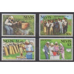 Nevis - 1994 - No 763/766 - Insectes