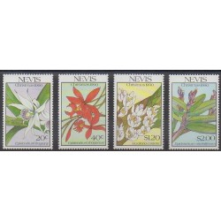 Nevis - 1990 - No 544/547 - Fleurs